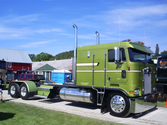 Kenworth Cabovers