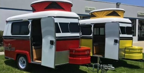 Tiny Trailer with Pop Top