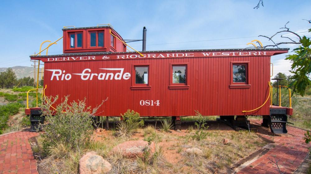 House on Wheels (Train House)