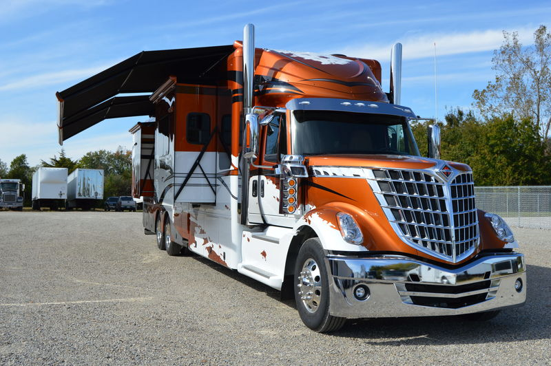 Take a Look at One of This Year's Lonestar RVs